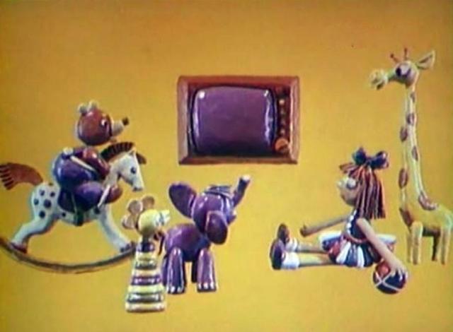"""Привычным завершением для """"Спокойной ночи, малыши"""" стал мультфильм и колыбельная """"Спят усталые игрушки в исполнении Олега Анофриева и Валентины Толкуновой. Заставка в виде пластилинового мультфильма была сделана Александром Татарским."""