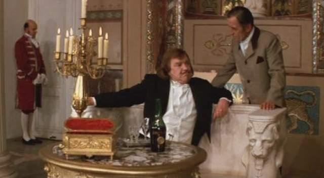 Сюжет фильма очень занимательный, вполне годный для того, чтобы лечь в основу крутого вестерна по-советски.