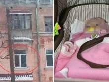 3-летняя девочка, запертая матерью на неделю дома, умерла от жажды