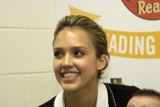 Джессика Альба. Киноактрисе в июне 2009 года грозили обвинения в вандализме в городе Оклахома-Сити.