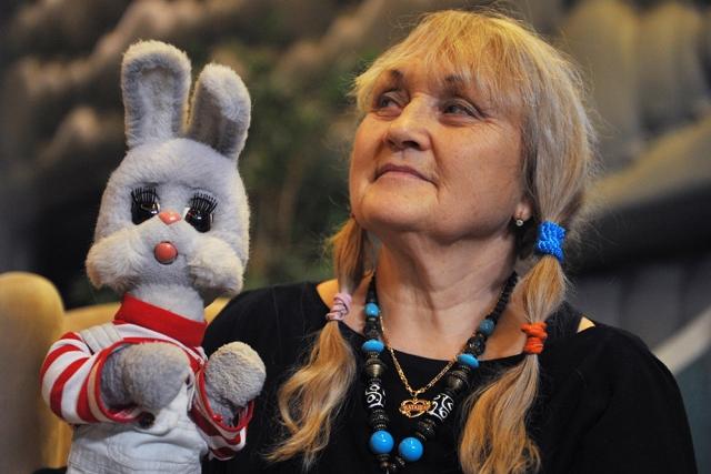 Степашку все эти годы озвучивает Наталья Голубенцева.