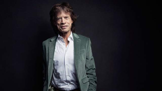 """Мик Джаггер Фронтмен Rolling Stones Мик Джаггер заработал репутацию животного из-за своей неудержимой тяги к сексу. По словам самого музыканта, в его интимной биографии насчитывается около 4 тысяч женщин. По словам журналиста Кристофера Андерсона, который написал книгу """"Мик: бешеная жизнь сумасшедшего гения Джаггера), распущенность музыканта была более патологической, чем у типичных рок-звезд."""