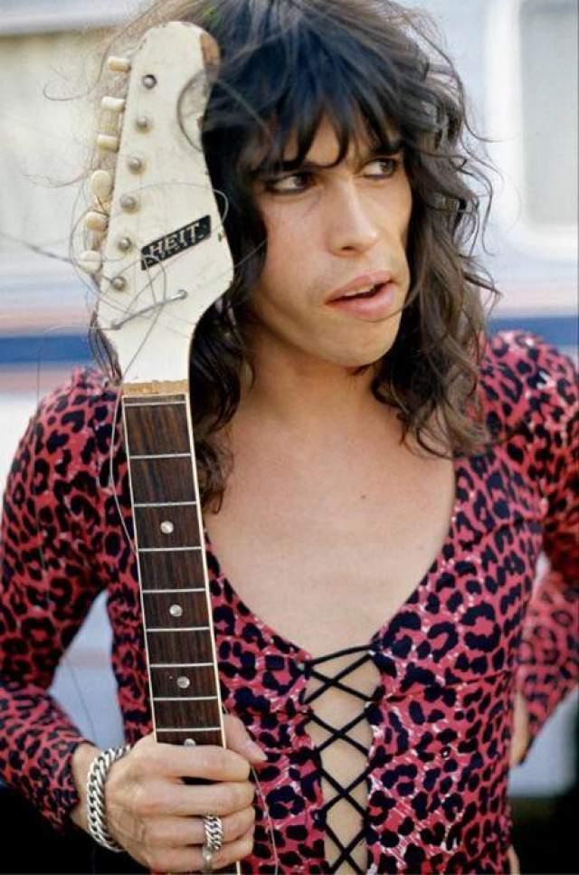 Стивен Тайлер Вокалист знаменитой американской рок-группы Aerosmith.