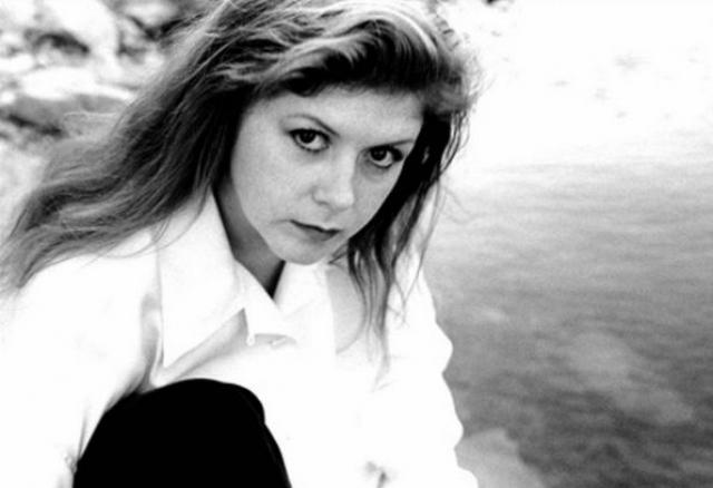 """Кирсти МакКолл. Певица, знаменитая в первую очередь исполнением песни """"Fairytale of New York"""", в 2000 году с семьей поехала отдыхать на остров Косумель в Карибском море."""