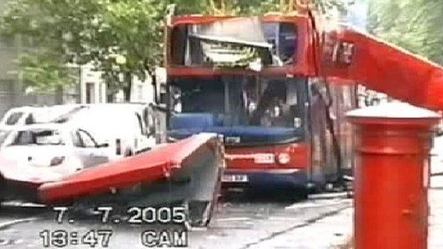 Кроме того, накануне взрывов Лондон получил право на проведение Летних Олимпийских игр 2012.