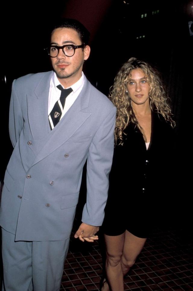 Роберт Дауни-младший и Сара Джессика Паркер. Актеры встречались на протяжении 7 лет в начале своей карьеры.