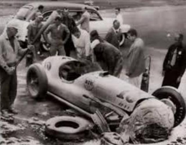 Случилось это во время заезда Инди-500. На тот момент на счету Миллера было всего лишь 4 заезда.