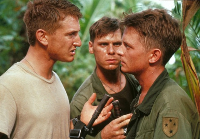 """Майкл очень старался уйти от образа: снялся в драме """"Военные потери"""" между первой серией """"Назад в будущее"""" и ее продолжениями. К сожалению, выглядел он там, как Марти МакФлай, которого призвали в армию."""
