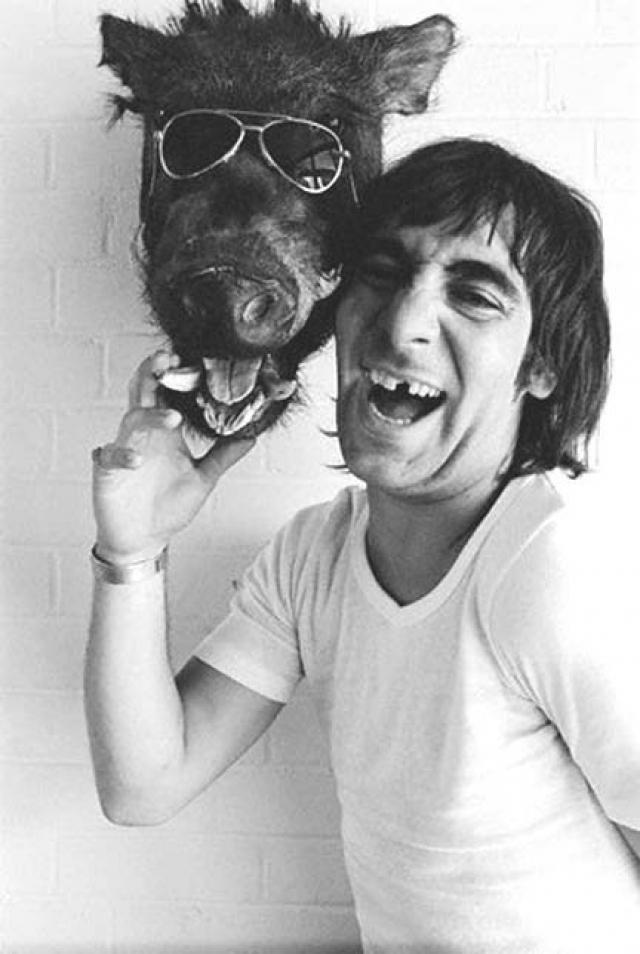 Было установлено, что 7 сентября 1978 г. перед смертью Кит принял 32 таблетки клометиазола - лекарственного препарата, прописанного ему для борьбы с алкогольной зависимостью.
