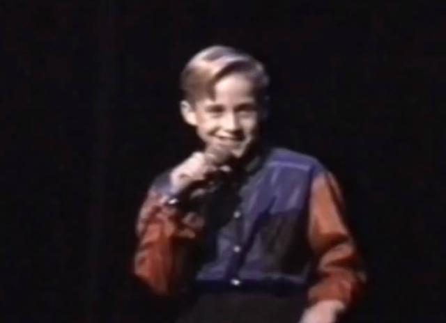 """Кстати, он тоже был участником того самого """"Клуба Микки Мауса"""". Но позже страсть к кино перевесила все его прошлые увлечения."""