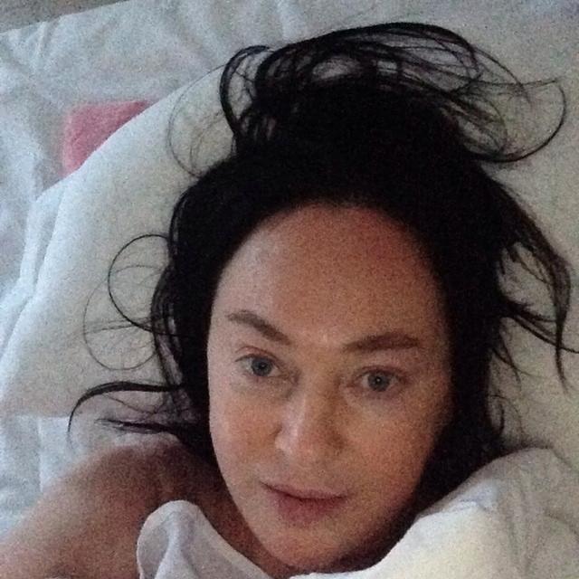 Лариса Гузеева. 57-летняя актриса частенько балует подписчиков снимками без макияжа.