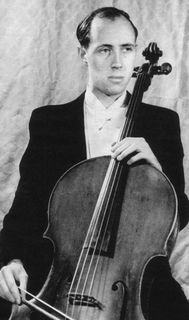 Мстислав Ростропович. Начиная с 1969 года виолончелист и его семья поддерживали А. И. Солженицына, разрешив ему жить на своей даче под Москвой, и написав открытое письмо Брежневу в его защиту. За этим последовала отмена концертов и туров, остановка записей.