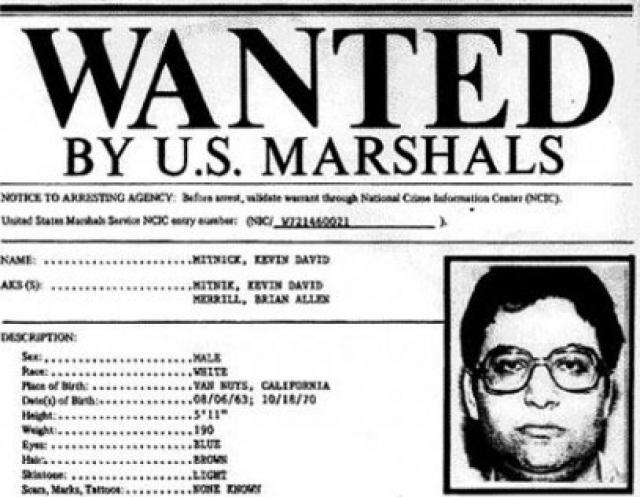 Кевин Митник. Хакер был тем самым гениальным любопытным подростком-хакером, которого к моменту ареста в 1995-м разыскивала вся полиция в США.