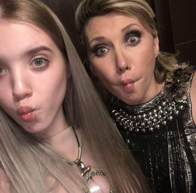 Дочери Соне 15 лет, и 50-летняя Воробей часто выкладывает с ней фотоснимки в Instagram. Известно, что отцом Сони является некий Игорь Константинович из Петербурга.