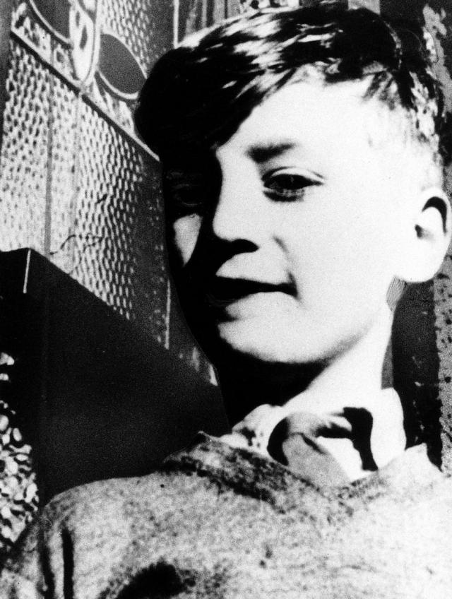 """Легендарный """"Битл"""" Джон Леннон увлекался рисованием и мечтал добиться признания не только как музыкант, но и как художник."""