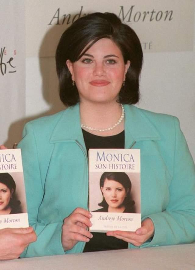 Для Моники эта любовная связь стала необходимым шагом к всемирной известности. Она объездила весь мир, представляя свою книгу, мгновенно становившуюся бестселлером в стране, где она выходила.