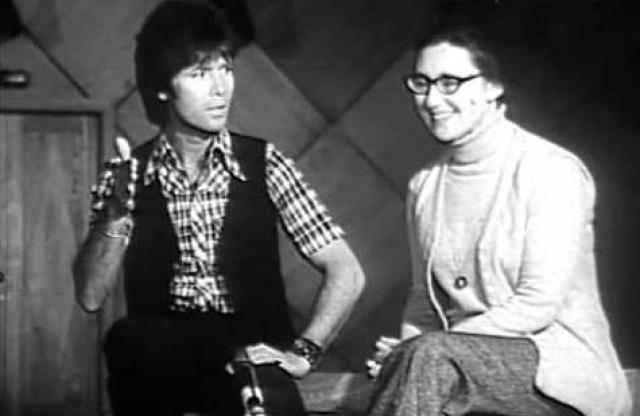 Клифф Ричард , 1976. Исполнитель дал 12 концертов в Питере и Москве.
