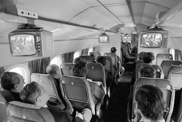 """""""Аэрофлот"""" сделал серьезные выводы: в аэропортах появились металлоискатели и предполетный досмотр."""