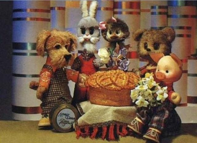 В 1984 году в основной состав знаменитой четверки: Фили, Хрюши, Степашки и Каркуши, был введен Мишутка.