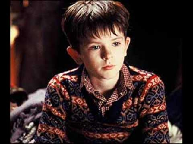 """Фредди Хаймор. Герои """"Волшебной страны"""" и """"Чарли и шоколадной фабрики"""", сыгранные юным актером вряд ли были покорителями сердец даже самых юных зрительниц."""