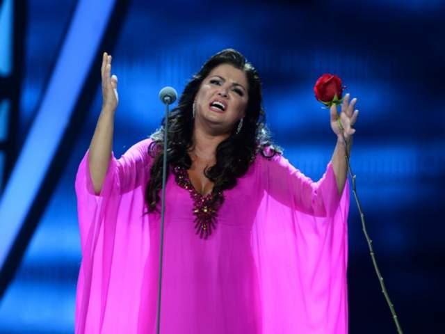 Правительство Австрии представило российской певице гражданство за особые заслуги перед страной.