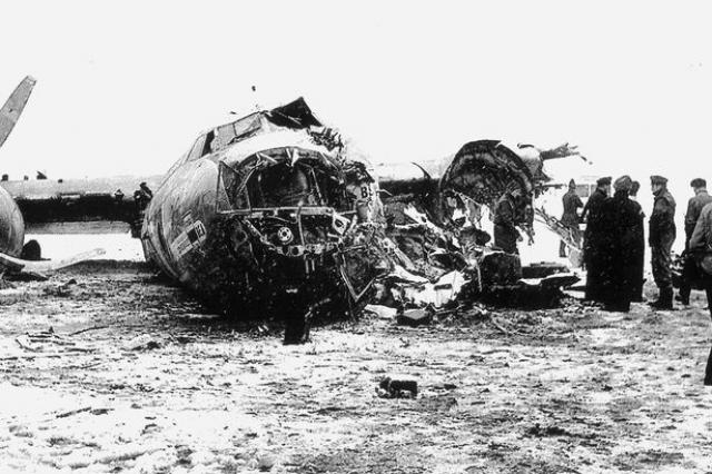В катастрофе погибло 23 человека из 44 находившихся на борту. Среди погибших кроме футболистов и тренеров оказались болельщики и журналисты.