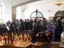 В Кемерово начались похороны жертв пожара в ТЦ