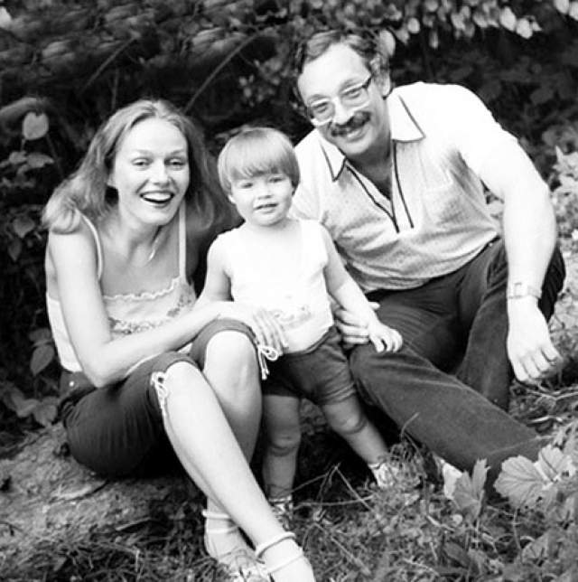 Наталья Андрейченко с супругом Максимом Дунаевским и сыном Дмитрием.