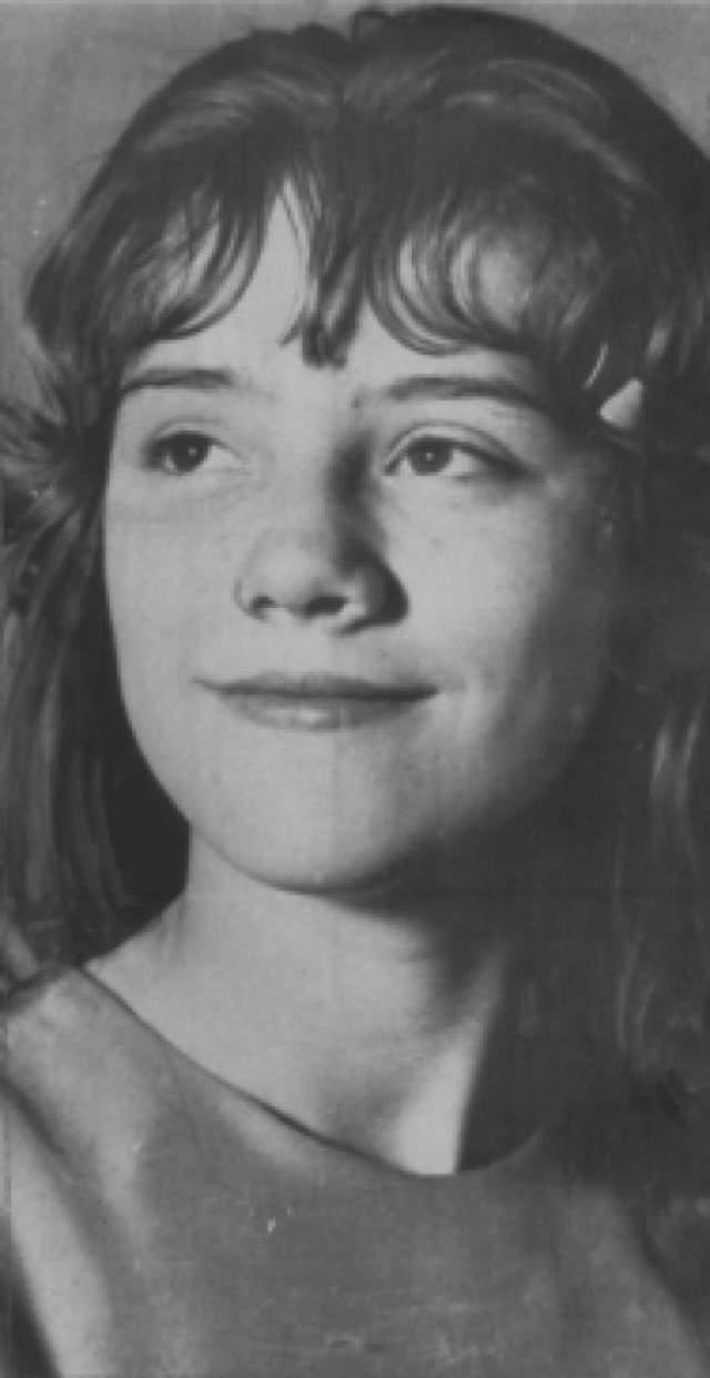 Фильм был создан по мотивам реального убийства Сильвии Лейкенс, жившей в 1965-м году в Индианаполисе, штат Индиана. Сильвия Лейкенс
