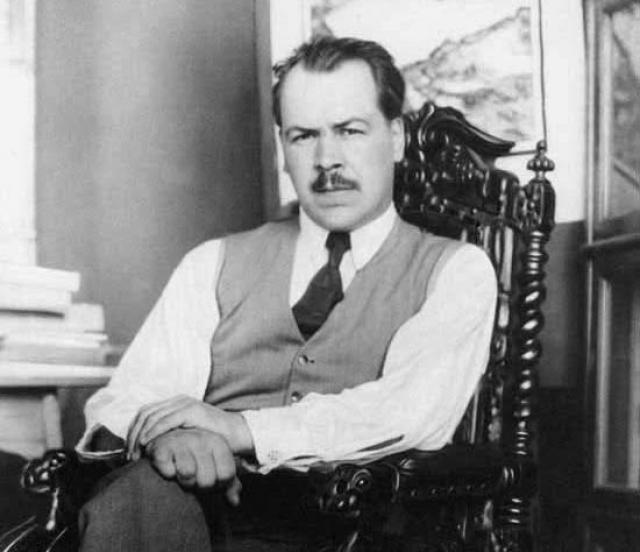 Николай Вавилов. На момент своего ареста в августе 1940 года великий биолог был членом Академий в Праге, Эдинбурге, Галле и, конечно, в СССР.