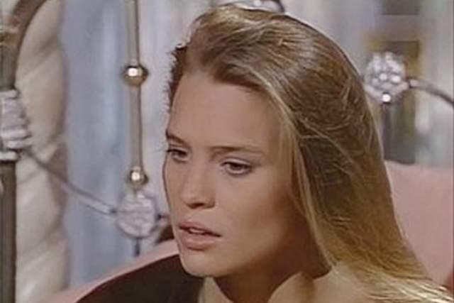 """Робин Райт Светловолосая и голубоглазая девушка полюбилась миллионам телезрителей со всего мира ролью в одной из самых """"долгоиграющих"""" мыльных опер."""