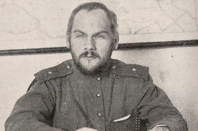 """В 1936 году нарком юстиции Николай Крыленко рассудил, что гомосексуализм – это """"продукт разложения эксплуататорских классов, которые не знают, что делать."""""""