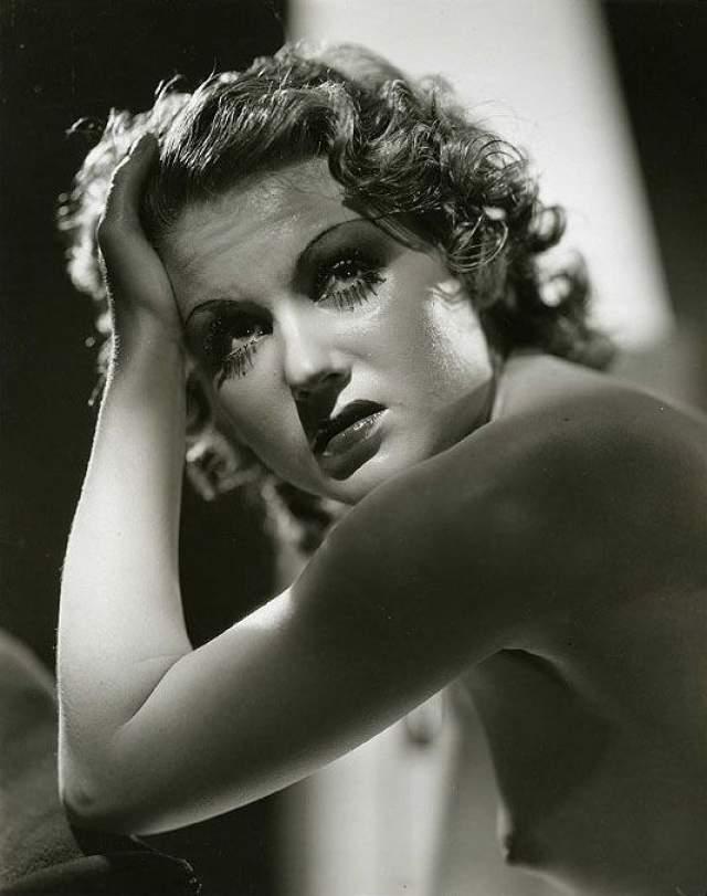 Грейс Брэдли, 21 сентября 1913 - 21 сентября 2010. Американская актриса кино была популярна в 30-х годах.