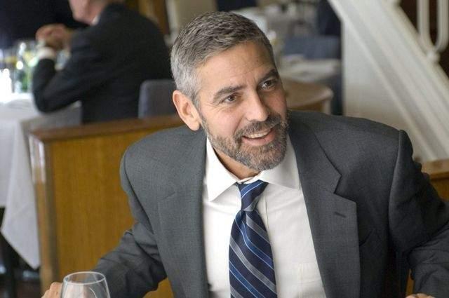 """Джордж Клуни. Голливудский актер даже открыл собственное казино в Лас-Вегасе, чтобы деньги на его прихоть не уходили """"из семьи""""."""