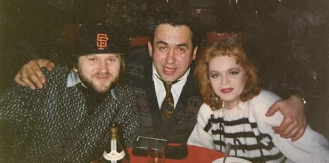 Лариса Долина. Лишь летом 2018 года выяснилось, что бывший муж российской певицы Виктор Митязов ( на фото слева ) избивал женщину много лет назад. Причем сама женщина об этом так и не объявила общественности - это сделали ее подруги.