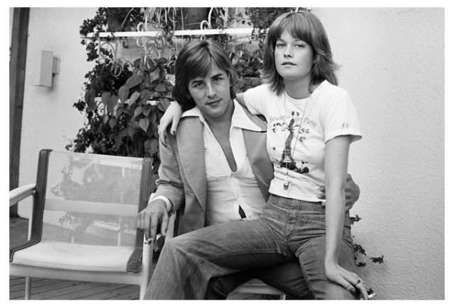 Мелани Гриффит, 61 год. Звезде Голливуда было 19 лет, когда она вышла замуж за 22-летнего актера Дона Джонсона - они продержались вместе полгода.