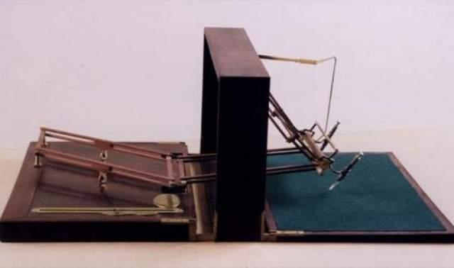 """Детектор лжи В художественной литературе первое упоминание о детекторе лжи можно встретить в произведении Э.Балмера и В.Макхагена """"Лютер Трент"""" (1910 год). Первое применение реального полиграфа произошло в 1924 году."""