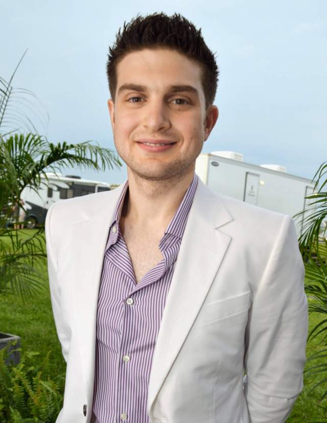 Александр Сорос, филантроп, сын легендарного миллиардера Джорджа Сороса, 33 года. Студент исторического факультета в университете Калифорнии.