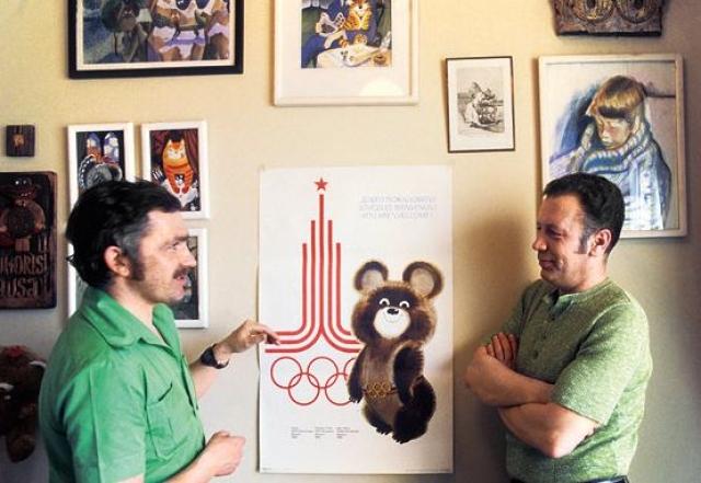 Однако, авторство Арсентьева (на фото слева) оспаривалось Виктором Никитиченко, плагиат доказан не был.