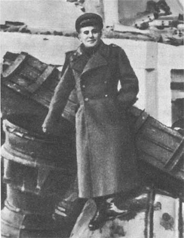 Группе Гайдукова перепадает кое-что из технической документации и обломков немецких взорванных ФАУ. Изучая обломки ракет, С.П.Королеву удается восстановить ряд важных чертежей, по которым впоследствии в СССР станут делать ракеты Р-1.