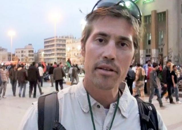 """Джеймс Фоли. В 2010 году мужчина уехал в Афганистан, чтобы стать независимым журналистом, где в январе 2011 года присоединился к газете """"Stars and Stripes""""."""