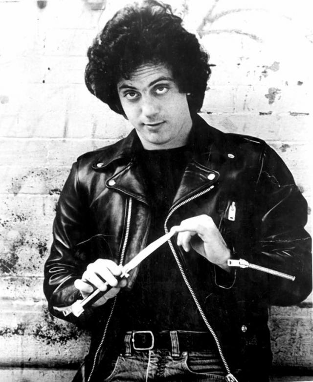 Билли Джоэл. Начало карьеры всемирно известного музыканта не отличалось успешностью. Он терпел постоянные отказы фирм звукозаписи, заявления о собственной бесталанности и прочие прелести жизни.