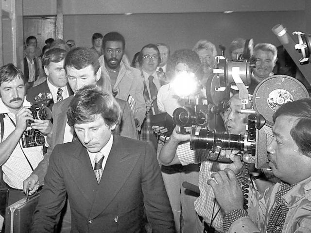 В тюрьме Роман Полански провел 42 дня.