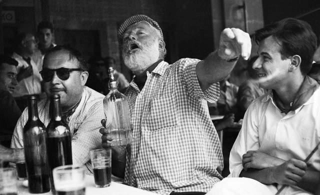 До сих пор остается неясным, был ли его алкоголизм результатом душевного расстройства, или наоборот, однако писатель порой терял ясный рассудок, находясь в состоянии алкогольного опьянения.