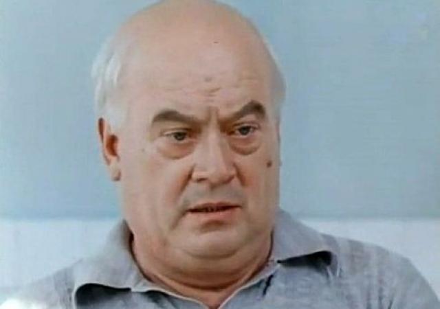 Актер не пытался бороться с лишним весом, хотя на протяжении многих лет на его фоне страдал от диабета, перенес тромбоз, два инфаркта и инсульт. В последние годы жизни ему было сложно ходить, а снимался и выступал на концертах Моргунов в тапочках.