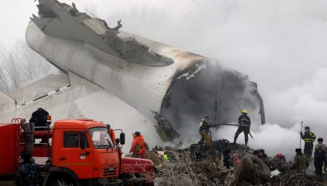 Большая часть пассажиров погибла — 65 человек, включая половину кыргызской команды.