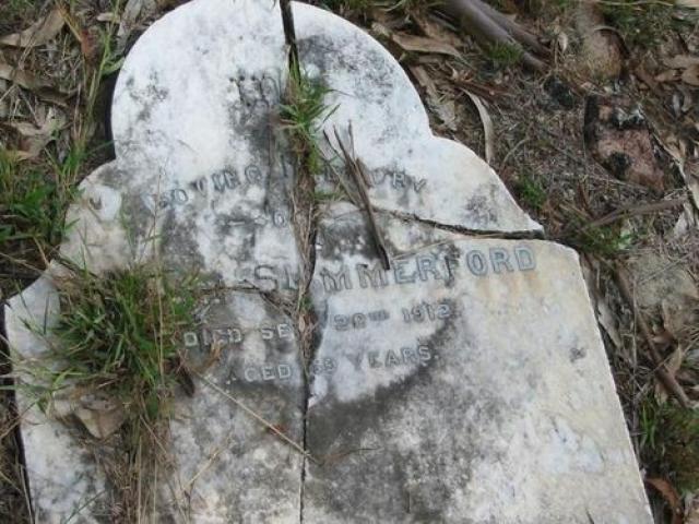 Через несколько лет, в 1930-м, оправившись от паралича, майор гулял по городскому парку. Здесь его вновь застигла гроза. Ударом молнии он был вновь парализован. Прожив еще два года, Саммерфорд скончался. В 1934 году во время грозы молния ударила в надгробный памятник майора на Ванкуверском кладбище.