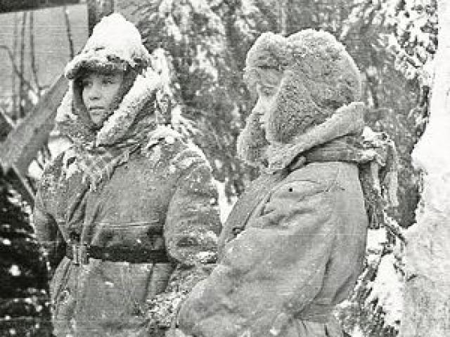 Сам процесс проходил достаточно экстремально, ведь лютые северные морозы снимали в мае-июне, а финальную сцену поцелуя в тридцатиградусную жару пришлось играть в Ялте.