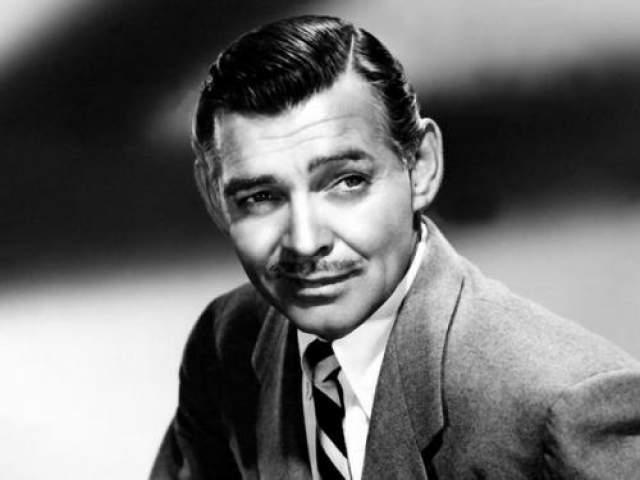 """Кларк Гейбл Американский актер, кинозвезда и секс-символ 1930-1940-х годов, носивший прозвище """"Король Голливуда"""""""
