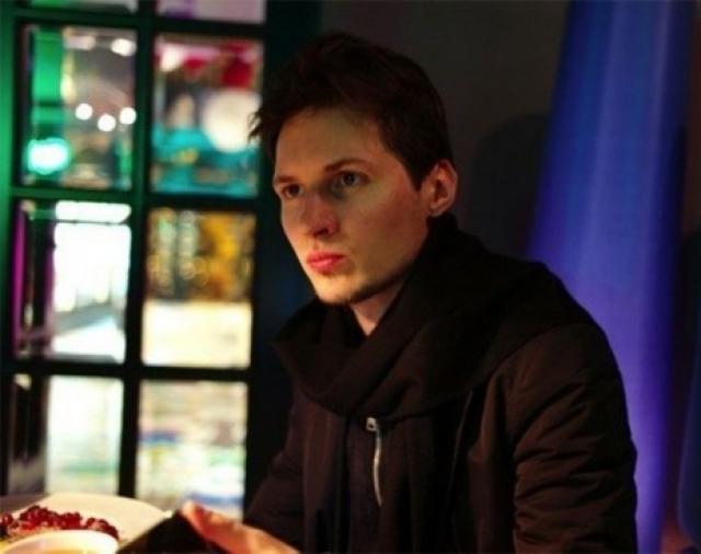 """22 апреля 2014 года стало известно, что Павел Дуров уехал за границу и не собирается возвращаться в Россию. Он отметил: """"К сожалению, в этой стране невозможно вести интернет-бизнес""""."""